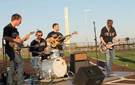 Amarillo-based group performs after WT softball game