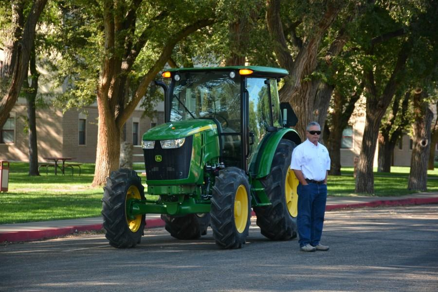Homecoming: Tractor Pull 2015
