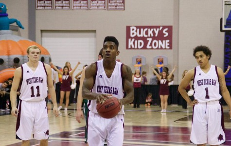 Bonner records double-double in last career home game