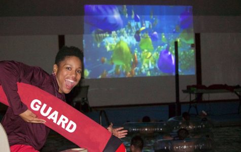 "Students watch ""Finding Dory"" at dive-in movie"