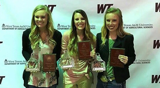 Photo courtesy of Shalin Pinkerton.  From left to right: overall outstanding senior in agribusiness student Jordan Schulte, overall outstanding senior in ag media and communication Shalin Pinkerton, and overall outstanding senior equine business Maggie Murphy