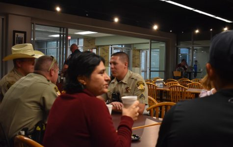 Coffee with a cop promotes friendly conversation