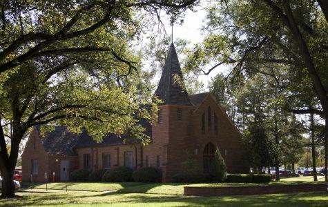 Alumni share sacred moment at Joseph A. Hill Memorial Chapel