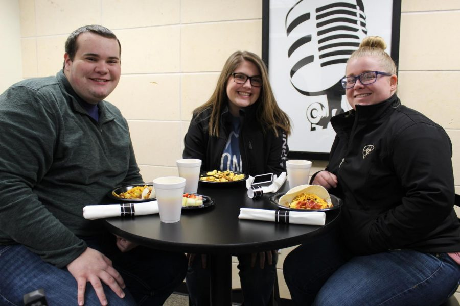 (From left to right) Freshman agricultural education major, freshman agricultural business and economics major Brenley von Reyn and freshman agricultural education major Makenzie Knipe attended COMM Week's Breakfast for Dinner event in the Live Lounge.
