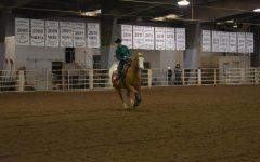 Lady Buffs Equestrian Team make it to Regionals
